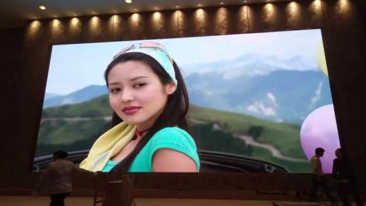 SMD1515 Indoor LED Screen P2-16S 1800cd/M² Brightness , 1/16scan Mode